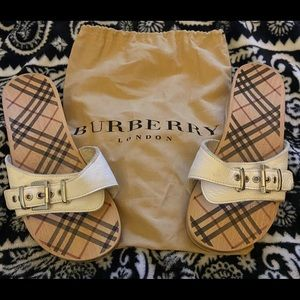Burberry White Leather and Wood Sandals